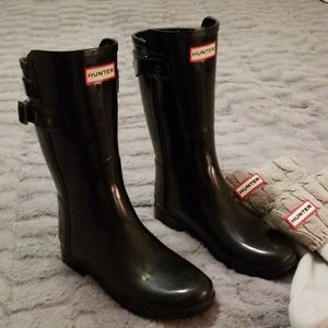 Hunter tall boots with liners
